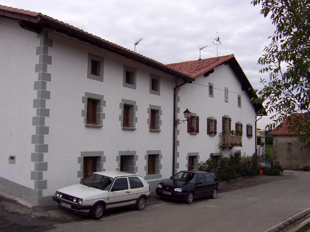 Rehabilitaci n de caserio en arruitz navarra plazabarri - Arquitectos navarra ...